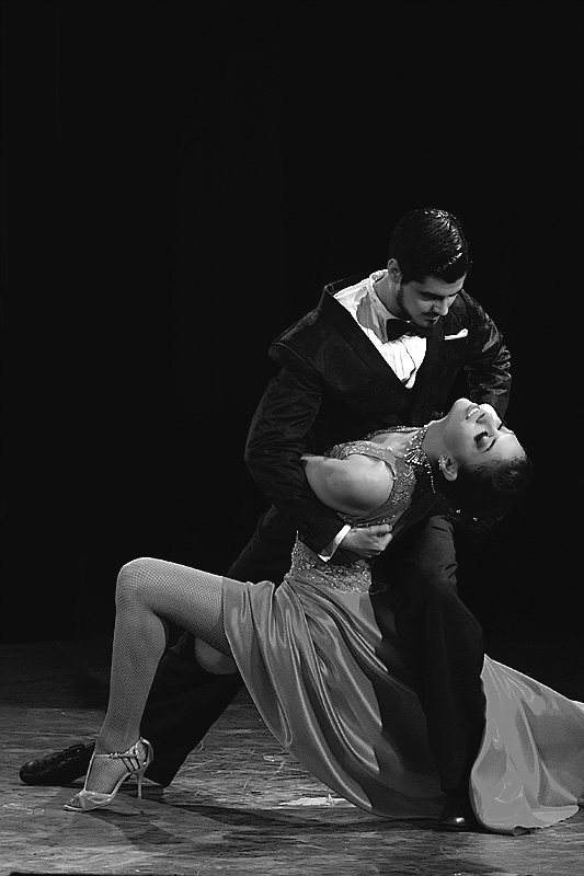 final pose of tango couple during competition